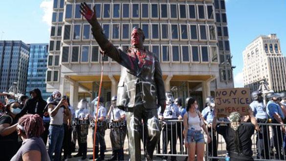 Trump's Mobilization of Secret Police Will Boomerang